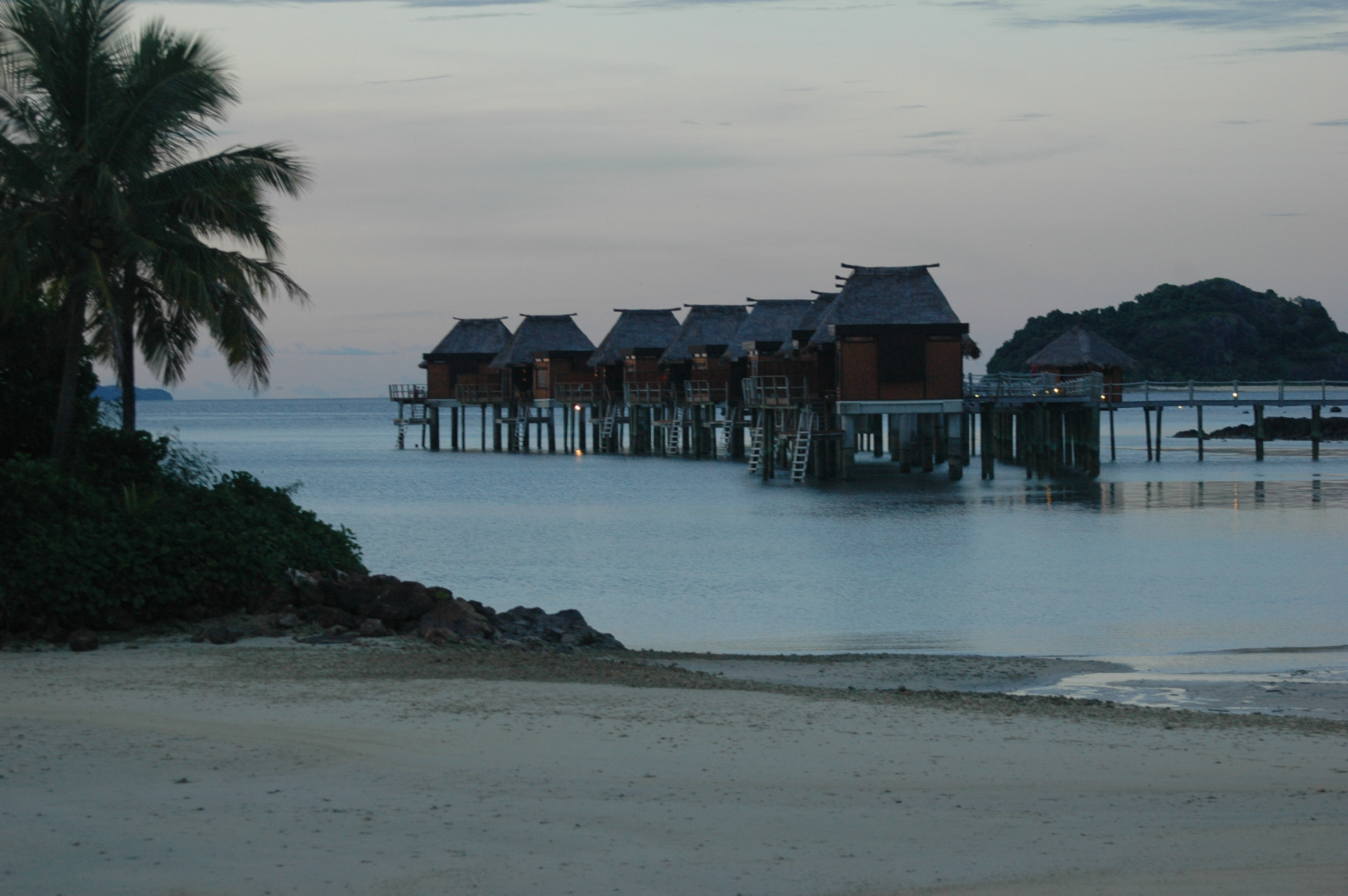 Incentive Travel Michael Day Media Incentives: overwater bungalows fiji